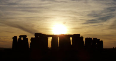 Stonehenge e il solstizio d'estate, tra archeoastronomia e fantasia